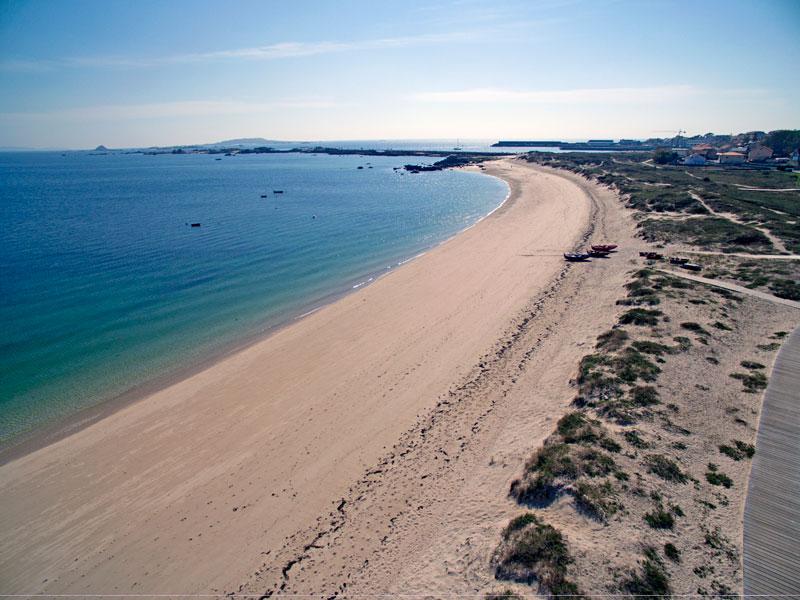 Foto de la playa de O Castro