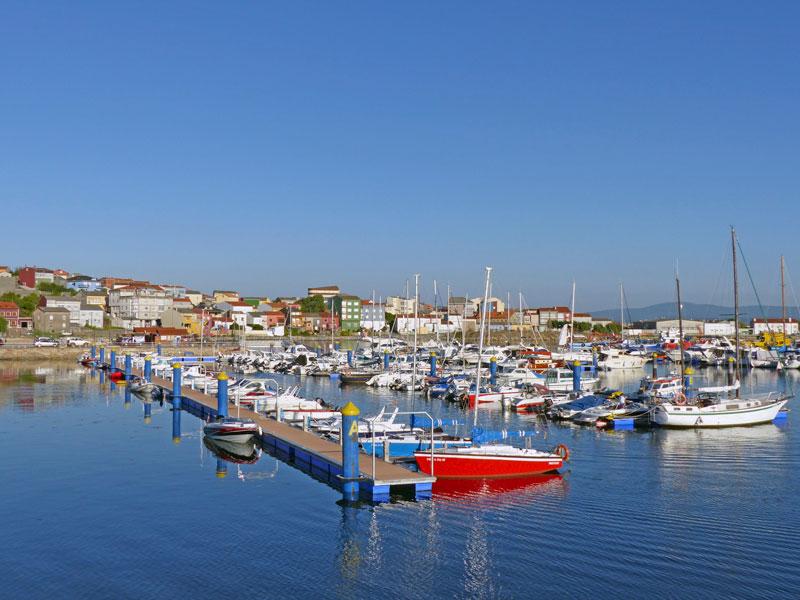 Foto del puerto de Cabo de Cruz en Boiro